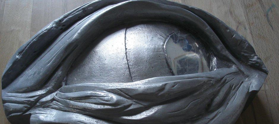 Auge Skulptur
